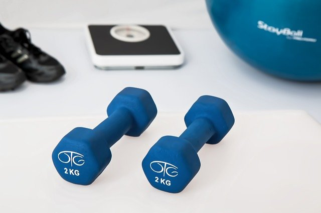 A photo showing some weights, which is crucial to losing weight.